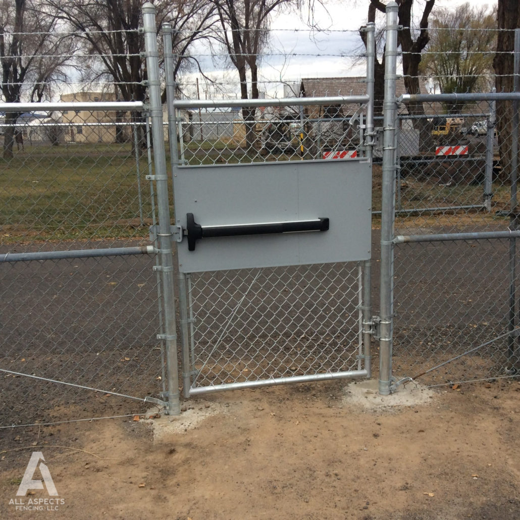 Sisters Wire Fence - WIRE Center •